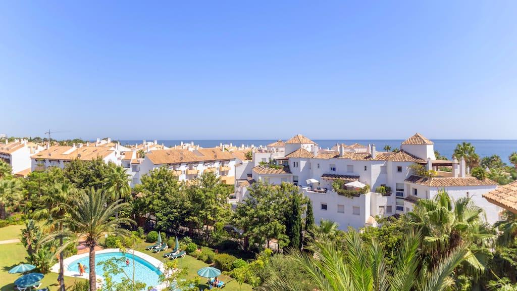 Properties for Sale in Bahía de Marbella